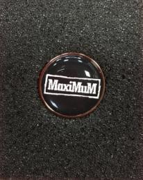 MaxiMuM(ロゴ) ピンバッチ